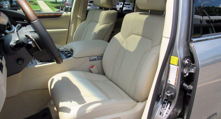 LEXUS LX 570 SUV Gulf Specs 2019 (Silver)